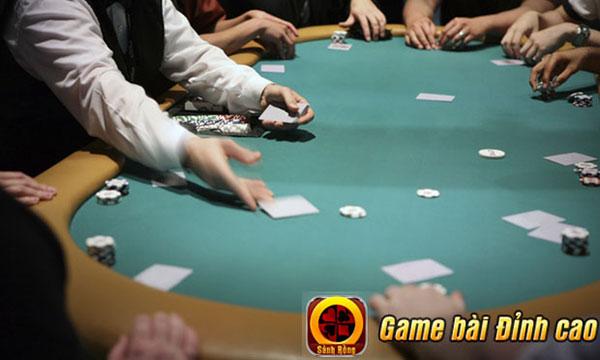 Hé lộ những thủ pháp đoán bài kinh điển trong game Poker