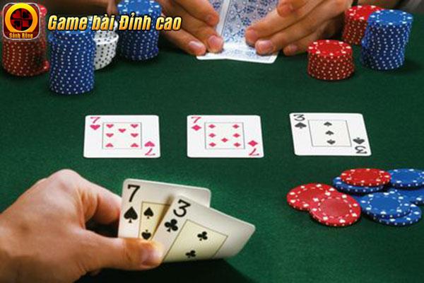 Онлайн казино Холдем фрірол Новий рік 2008 в Москві-казино